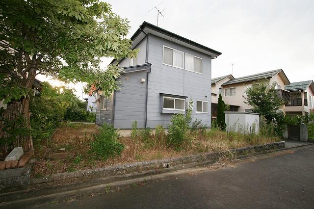 長岡市高町の中古住宅。このエリア限定のご要望があったお客様で手続きが進行中です。