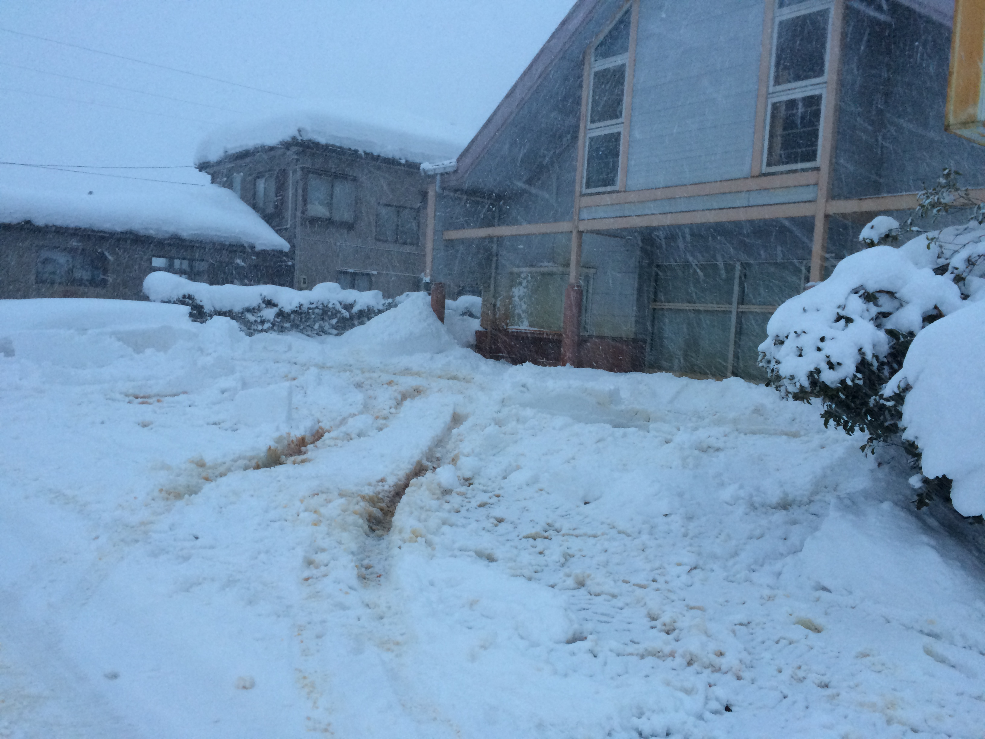 豪雪の片付け完了。長岡市美沢4丁目。09