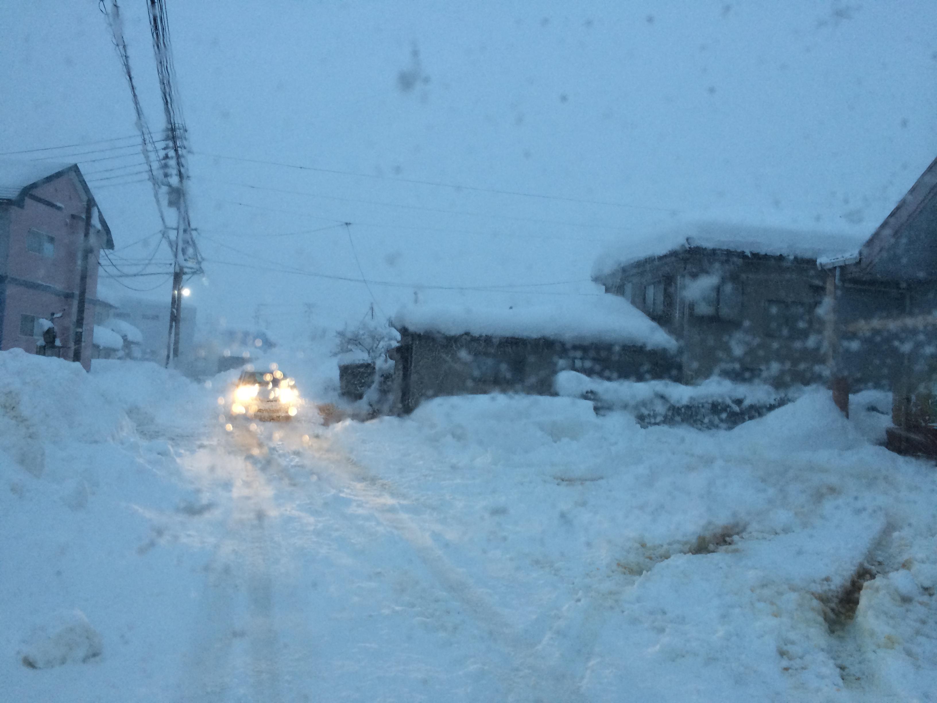 豪雪の片付け完了。長岡市美沢4丁目。10