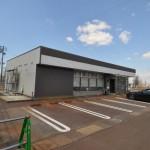 【長岡市/売店舗・売事務所】R17沿い、妙見浄水場北側の角地(中潟町)H24築、コンビニ使用後。売却のご依頼を受けました。